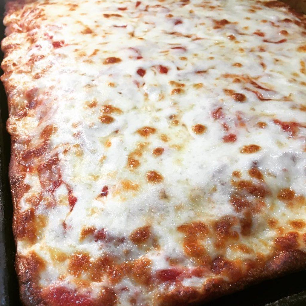 Sicilian Pie done well villameci pizza cheese seacliff glencove glenhead